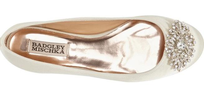 The cutest sparkle toe flats.