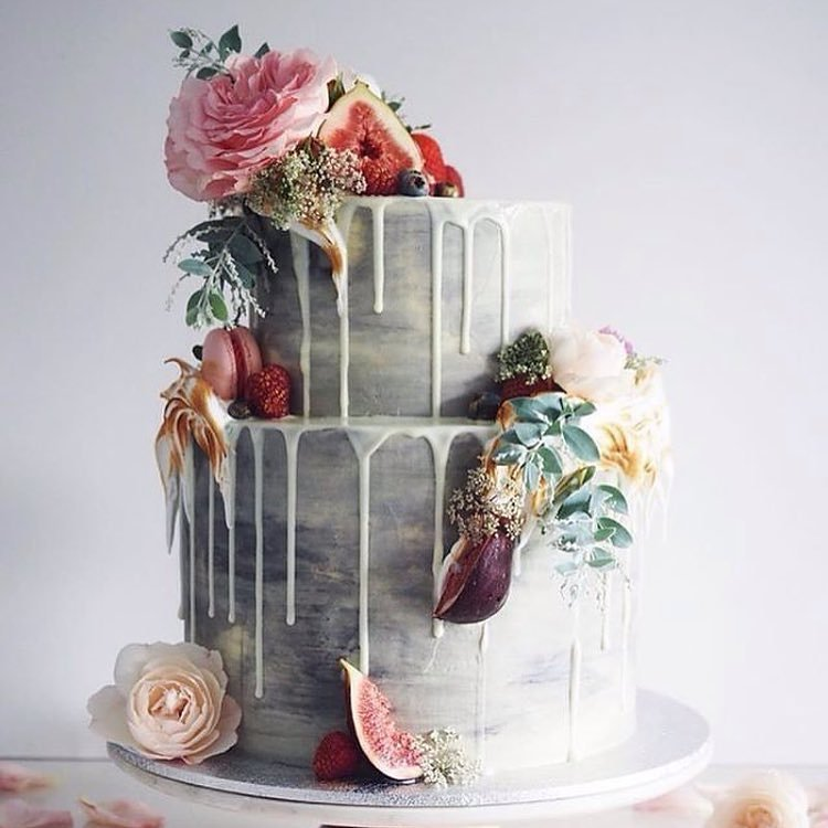 This floral wedding cake is almost too good to eat!