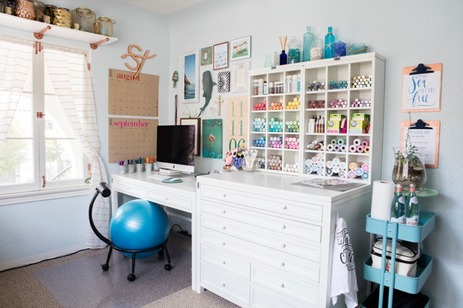 Check out jen from something turquoise 39 s new craft room - Small space craft room model ...