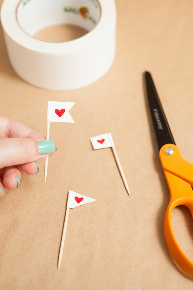 How Do I Tie Cake Bunting Topper