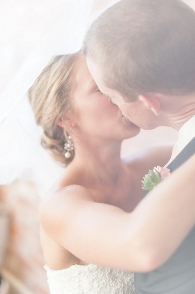 Wow! We're swooning over this gorgeous couple!