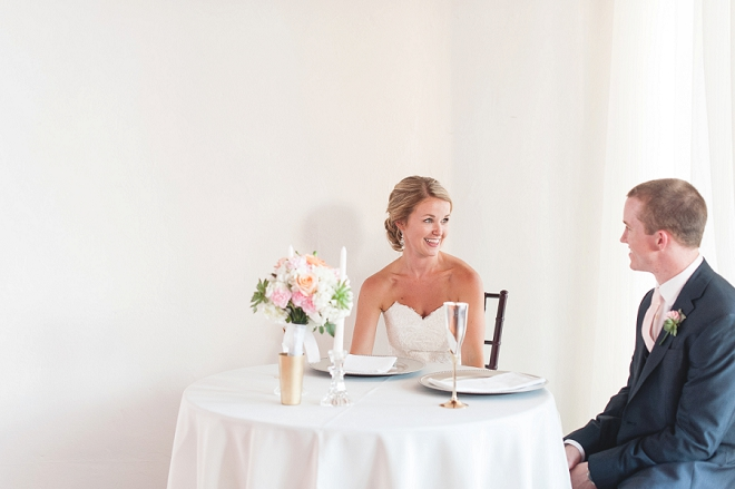 How darling is this Bride and her Groom at their DIY sweetheart table! Swoon!